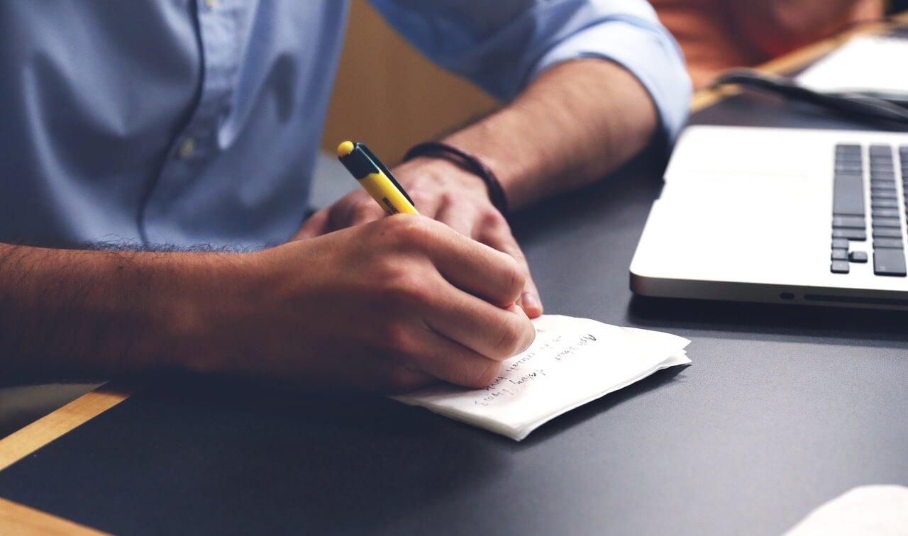 Le Mini Guide pour externaliser sa comptabilité comme un Pro