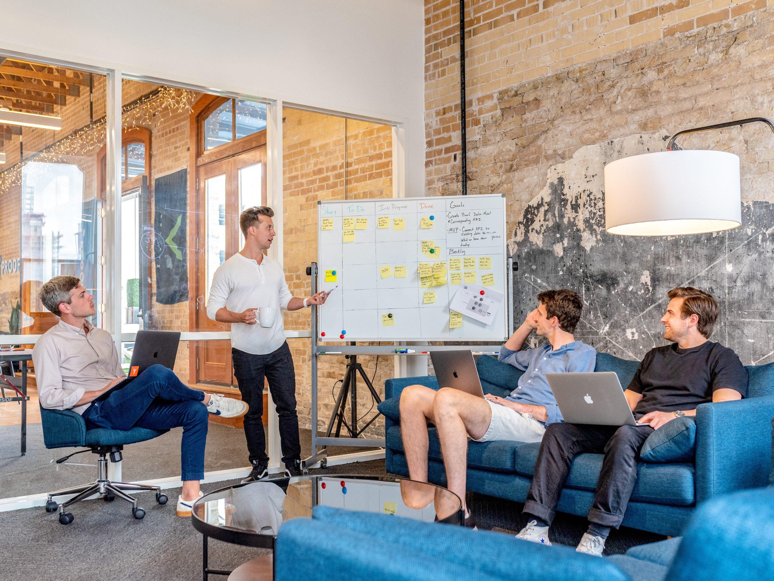Client ambassadeur :Comment transformer vos clients en ambassadeurs